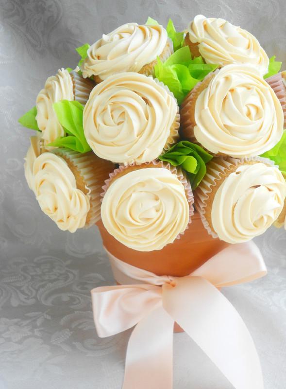 Bouquet de cupcake blanc