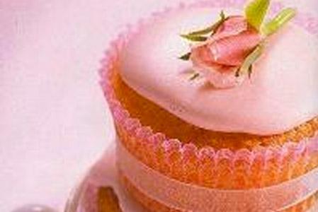 Recette: Cupcakes au chocolat blanc & à la rose